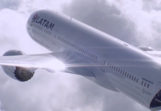 LATAM Airlines Smoothing the client journey with digital transformation